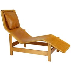 Shop chaise longues and other antique and modern chairs and seating from the world's best furniture dealers. Mid-century Modern, Contemporary, Sofa Seats, Modern Chairs, Outdoor Furniture, Outdoor Decor, Sun Lounger, Mid Century, Antiques