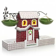 Fill your home with holiday charms with this Festive Collection Wax Melts Warmer. #YankeeCandleHoliday