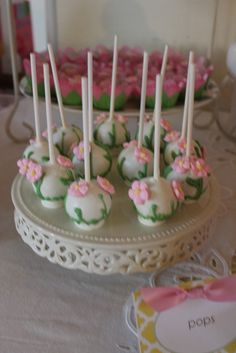 Cake Pops from a Safari Party #cakepops #safari