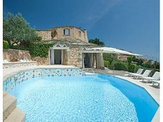 Picture of 5 bedroom Villa in Porto Cervo, Sardinia for sale  with 2500m2 of land - Reference 171901