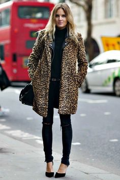 South Molton St Style: Love Her Look: Leopard Print Coat Leopard Print Outfits, Leopard Print Coat, Leopard Jacket, Leopard Prints, Cheetah Print, Leopard Heels Outfit, Leopard Spots, Leopard Animal, Looks Chic