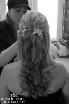 Classic 1/2 up & 1/2 down style. This bridesmaids hair was pretty thin. This style can help hair that is thinner look thicker and fuller by adding curls and texture. #Bridal #Wedding #Hairstyle