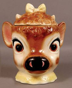 Learn more about the Regal China Company, known for Jim Beam bottles and other fine pottery. Cow Cookies, Teapot Cookies, Cookies Et Biscuits, Pots, Vintage Cookies, Cookie Jars, Cookie Containers, Ceramic Decor, Kitsch