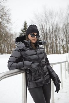 Puffy Jacket, Vest Jacket, Nylons, Down Puffer Coat, Black Down, Outerwear Women, Jacket Style, Lady, Cool Girl