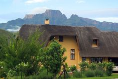 Click on pic to see more. Situated at the foot of Cathkin Peak, Mount Champagne affords an unparalleled outlook of the Drakensberg mountains and is to be found within a secure holiday complex. Close to all amenities, including a shop, restaurant and the famous Champagne Sports golf course, Mount Champagne itself offers tennis, fishing, canoeing and a delightful swimming pool area all within 200m of the cottage. Kwazulu Natal, Morning Sun, Early Morning, South Africa, The Good Place, Swimming Pools, Golf Courses, Champagne, Scenery