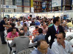 amigable comida servida por el personal de la delegación de levante de Salvador Escoda que dirige José Aybar.