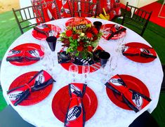 Swazi traditional decor - Red, Black and white. - Swazi traditional decor – Red, Black and white. Decór by Shonga Even - African Wedding Cakes, African Wedding Theme, African Wedding Attire, African Theme, African Weddings, African Wear, African Fashion, Rustic Wedding Venues, Outdoor Wedding Reception