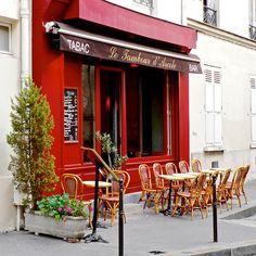 Sidewalk cafe near Notre Dame de Paris | by © Nigel Goodman