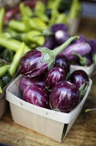 How to Use Eggplant to Remove Sunspots