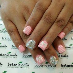 Pink stripe & glitter bow nailart