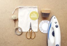DIY - Summer in a bag: I made a few summer projects for a book submission and I'm posting the rest here ;) This is a quick & easy project. I...