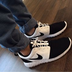 Roshe Run IDs!  New Hip Hop Beats Uploaded EVERY SINGLE DAY  http://www.kidDyno.com omg I love these❤️