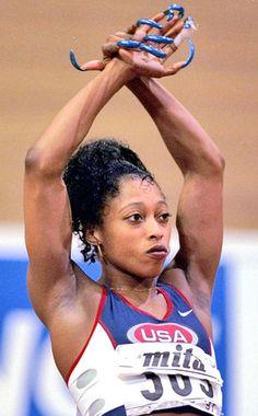 Yolanda Gail Devers Gail Devers, Jackie Joyner Kersee, Flo Jo, Big Black Woman, Female Athletes, Women Athletes, Double Team, Olympic Sports, Runners World