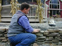 How to Build a Dry-Stack Stone Retaining Wall : How-To : DIY Network