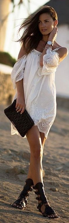 Gorgeous 75 Boho Chic Fashion 2017: Latest Trends To Follow This Year https://femaline.com/2017/07/11/75-boho-chic-fashion-2017-latest-trends-to-follow-this-year/