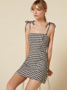 The Jilly Dress  https://www.thereformation.com/products/jilly-dress-central-park?utm_source=pinterest&utm_medium=organic&utm_campaign=PinterestOwnedPins