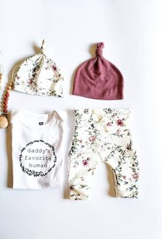 Baby Girl Fall Outfits, Baby Girl Pants, Little Girl Outfits, Girls Pants, Baby Girl Fashion, Girls Coming Home Outfit, Take Home Outfit, Baby Shower Gifts, Baby Gifts