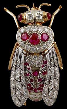 http://rubies.work/0342-sapphire-ring/ 0752-blue-sapphire-earrings/ Bee Brooch - Yafa Jewelry < 69° gb fm(drink) https://de.pinterest.com/zahraadler/amethysts-amaze-me/