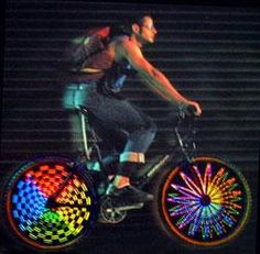 Hokey Spokes Wireless LED Bicycle Lights are awesome! You see bling like this on bikes in NOLA. Bicycle Safety, Bicycle Wheel, Bicycle Art, Steam Punk, Bike Decorations, Bike Parade, Deco Led, Folding Bicycle, Commuter Bike