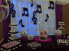 New music decorations party centerpieces Ideas Music Theme Birthday, Music Themed Parties, 60th Birthday Party, Disco Theme, Karaoke Party, Rock Star Party, 70s Party, Silvester Party, Music Decor
