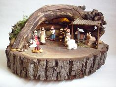 Bildergebnis für steinkrippe Christmas Nativity, Christmas Candles, Christmas Centerpieces, Kids Christmas, Vintage Christmas, Christmas Wreaths, Christmas Decorations, Christmas Ornaments, Nativity Stable