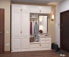 Белая прихожая с зеркалом - классический стиль интерьера вашей прихожей