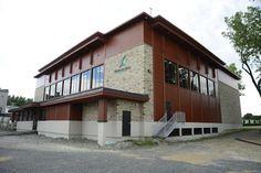 Project: Centre Sportif-Bois de Filion Location: Bois de Filion, QC Product: Parklex Architect: L'Écuyer Lefaivre architectes | #brilliantbuildings