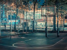 Basketball Hoops Across New York City Captured by Franck Bohbot Basketball Park, Street Basketball, Louisville Basketball, Cage, Places Around The World, Around The Worlds, Basketball Background, Environmental Portraits, French Photographers