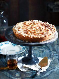Bourbon-Nut-Pie: Cashewkerne, Kokoschips und ein guter Schuss Whiskey sorgen für ein besonderes Geschmackserlebnis.