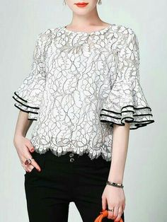 Buy Two-piece Set For Women from Misslook at Stylewe. Online Shopping Frill Sleeve Floral Casual Crew Neck Blouse With Cami The Best Two-piece Set. Blouse Styles, Blouse Designs, Bluse Outfit, Blouse And Skirt, Discount Designer Clothes, Lace Tops, Latest Fashion For Women, Blouses For Women, Fashion Dresses