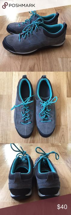 L.L. Bean hiking shoes Like new! Only worn a few times. Excellent for light hikes or just every day wear. Super comfortable and lightweight L.L. Bean Shoes Athletic Shoes