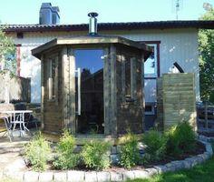 Mysig, exklusiv 8-kantig bastustuga | Flera platser Bad, Gazebo, Outdoor Structures, Deck Gazebo, Cabana, Arbors