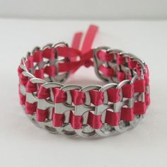 Hot pink pop tab bracelet 7 inch, stacked weave bracelet, soda tab bracelet, can… Pop Tab Crafts, Cute Crafts, Crafts To Make, Recycled Bracelets, Woven Bracelets, Soda Tab Bracelet, Bracelet Making, Jewelry Making, Pop Can Tabs