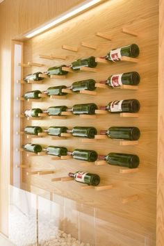 54 Ideas for kitchen bar wall beams Alcohol Cabinet, Architectural Signage, Wine House, Wine Sale, Showroom Design, Wall Bar, Diy Home Decor Projects, Wood Beams, Wine Storage