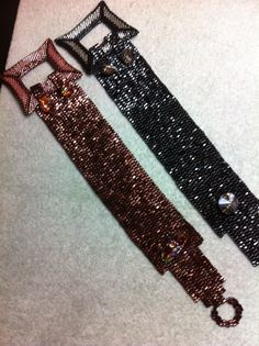 Buckle Bracelet in Bronze and Black.
