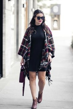 the perfect plaid cape! | Houston Fashion Blog, The Styled Fox