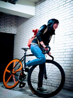 Real Fixie Lady (fixed gear) and Bicycles Love Girls. http://bicycleslovegirls.tumblr.com