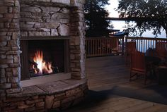 Kingsman Outdoor Gas Fireplace | Fine's Gas