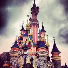 Even if people say it sucks, I really want to go because of the beautiful castle... and hey! It's Disneyland