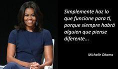 Michelle Obama La Vaughn Robinson es abogada, escritora y la mujer de la 44º presidente de EEUU, Barack Obama. Ella ha sido la primera mujer afroamericana Barak And Michelle Obama, Growing Quotes, Quotes En Espanol, Feminist Quotes, Barack Obama, S Quote, Oprah Winfrey, Powerful Women, Friendship Quotes