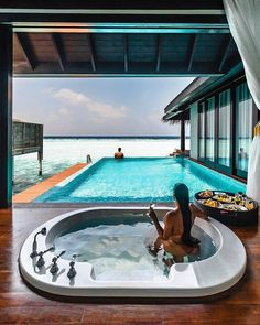Bath pool or sea so many options at the Anantara Kihavah Maldives Villas. & & - Join our travel community ! Honeymoon Style, Best Honeymoon Destinations, Dream Vacations, Vacation Spots, Holiday Destinations, Travel Destinations, Home Luxury, Luxury Boat, Luxury Travel