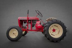 Garden Photograph - Wheel Horse by Debra and Dave Vanderlaan Wheel Horse Tractor, Caterpillar Equipment, Small Tractors, Riding Lawn Mowers, Red Wagon, Transportation Design, Lawn And Garden, Antique Tractors, Horses