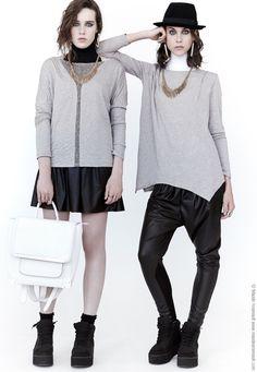 Deux meilleurs vendeurs de la saison pour Eve Gravel!  #modemtl  #faitauquebec Ethical Shopping, Montreal, Eve, Pullover, Boutique Fashion, Womens Fashion, Sweaters, Collections, How To Make