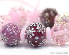 Lampwork glass beads by Dora Schubert