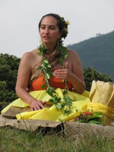 """Talking story, sharing spirit of Hawaiian culture this weekend    Every picture tells a story — and in traditional Hawaiian culture, so does every song, dance, item of clothing and even food.    """"Music, hula, chant, kapa and language are all vessels of a story, whether that story be history, whether it be the present, or an experience, a namesake or place name, or where you are or where you come from,"""" says Susanne Kagami."""