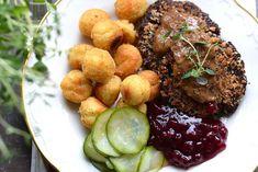 I den svenska matkulturen står sig konceptet kött-sås-potatis sig väldigt starkt. Som vegetarian har jag sen länge gett upp det sättet att tänka på – jag tycker att det är både enformigt och …