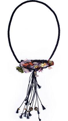 Accesorios: Knited del cordón del collar del rollo