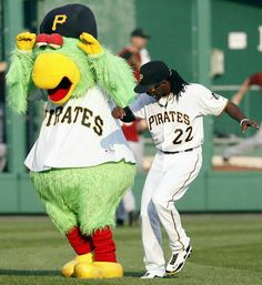 """Pirates """"Parrot"""" Mascot & Andrew McCutchen - his two favorites together. Pittsburgh Pirates Baseball, Pittsburgh Sports, Pittsburgh Penguins, Baseball Mascots, Baseball Players, Baseball Season, Mlb, Pnc Park, Home Team"""