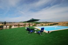 http://www.tuscanyinside.com/Apartments-with-shared-swimming-pool-at-Crete-Senesi-South-of-Siena-1.htm