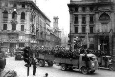 Piazza Cordusio, aprile 1945.